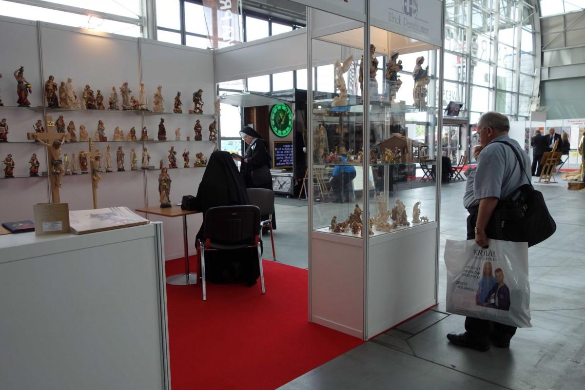 SacroExpo 2015 - sakralne rzeźby z drewna na zamówienie