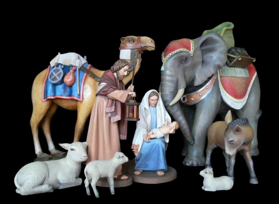 Zestaw figur do szopki bożonarodzeniowej z litego drewna