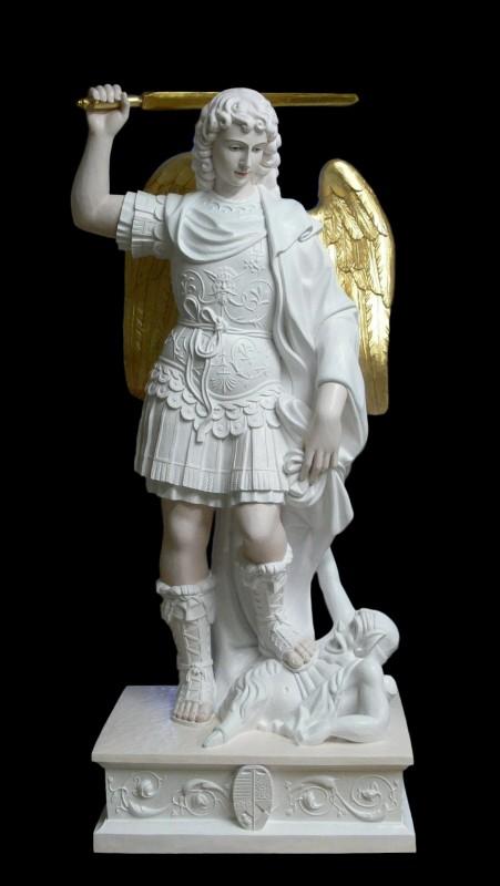 Michał z Gargano - figura wykonana z drewna lipowego