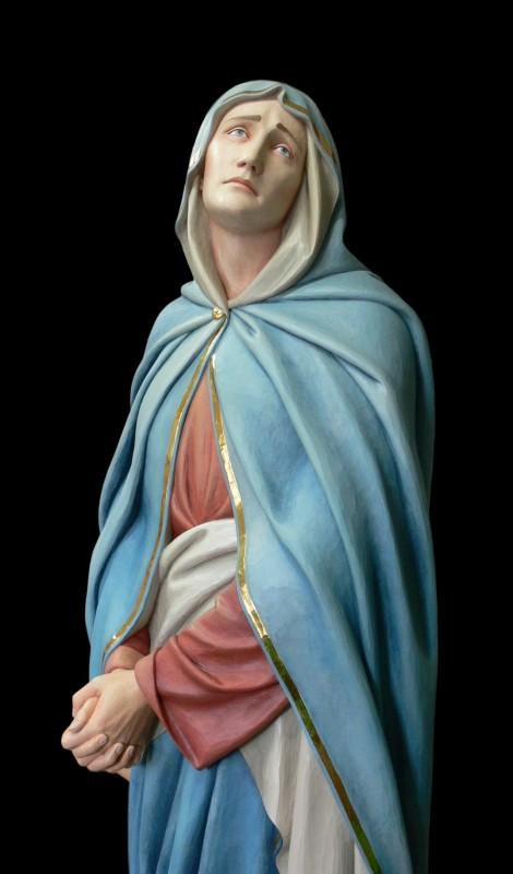 Madonna - figura drewniana wykonana w drewnie lipowym