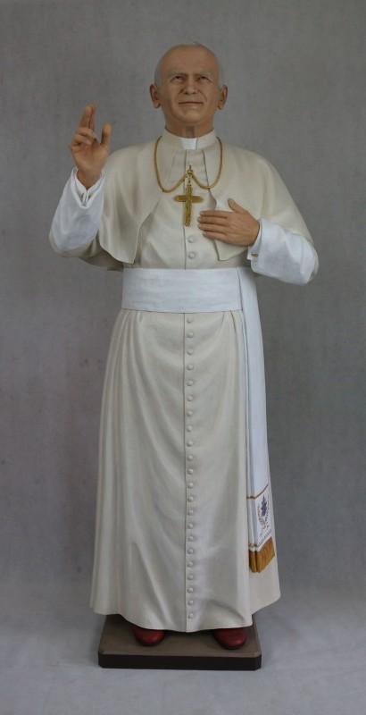 Jan Paweł 2 rzeźba drewniana