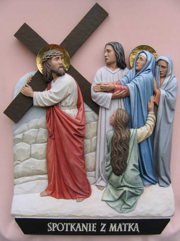 Stacja drogi krzyżowej - spotkanie z matką - płaskorzeźba w drewnie