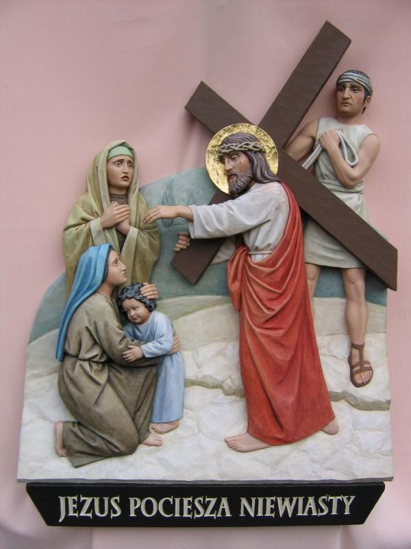 Stacja drogi krzyżowej - Jezus pociesza niewiasty - płaskorzeźba w drewnie