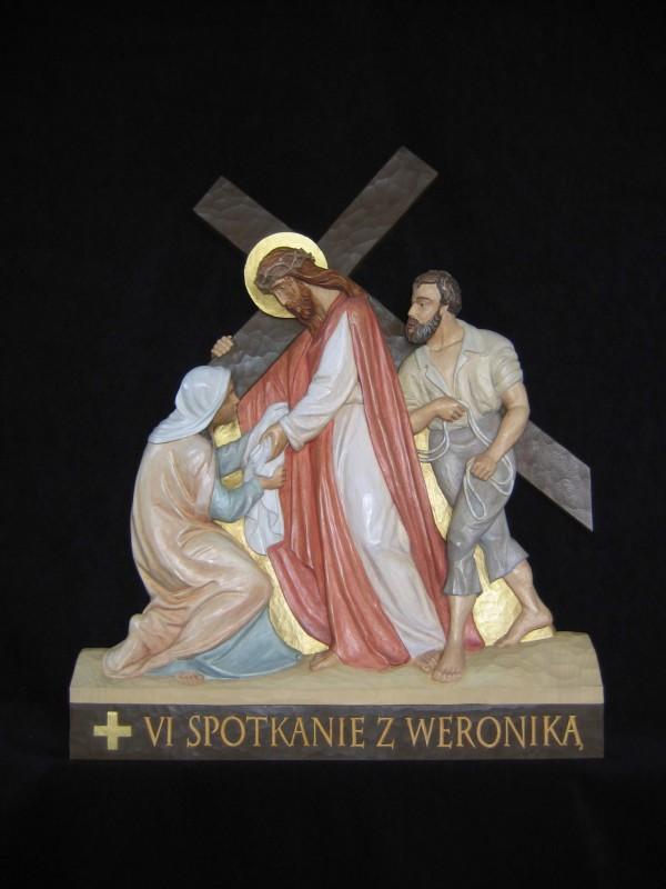 VI stacja drogi krzyżowej - Weronika ociera twarz Panu Jezusowi - płaskorzeźba, rzeźba, figura w drewnie