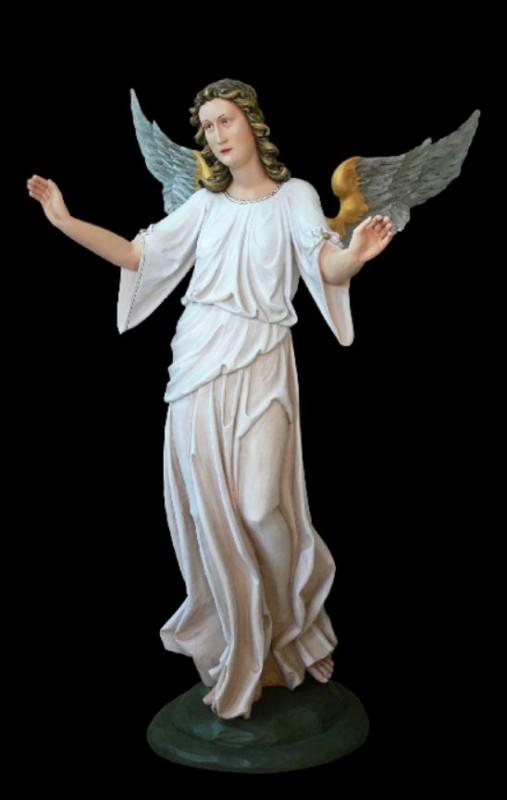 Anioł ze skrzydłami, figura szopkowa w drewnie, rzeźba drewniana