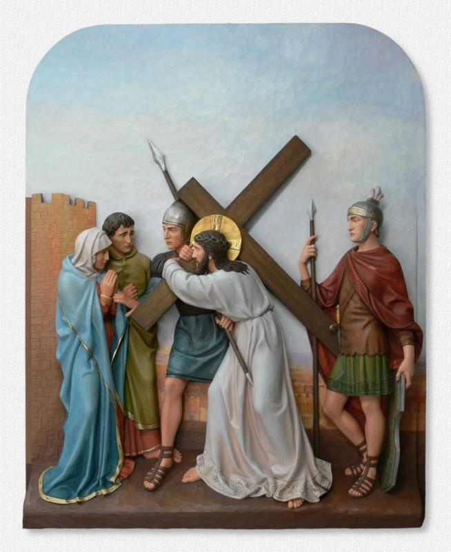 Stacje Drogi Krzyżowej - Stacja 4 - Jezus spotyka swoją Matkę - polichromowana rzeźba w drewnie