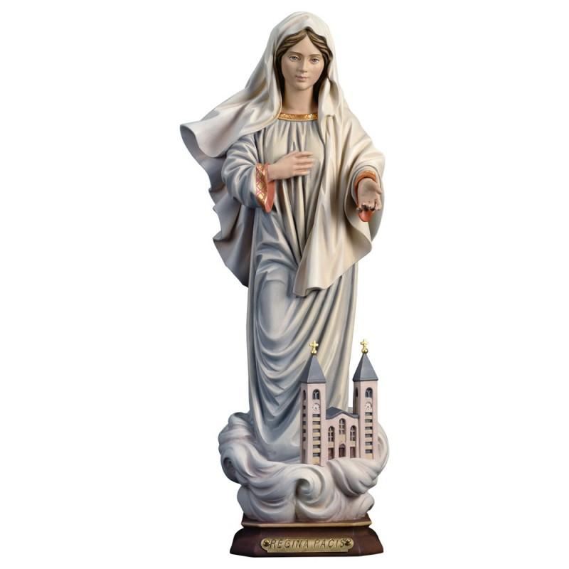 Matka Boża Królowa Pokoju - rzeźba drewniana